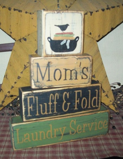 MOM'S FLUFF & FOLD LAUNDRY SERVICE PRIMITIVE BLOCK SIGN SIGNS