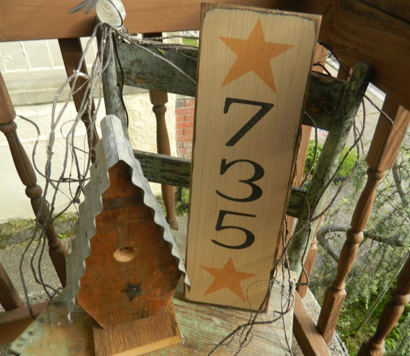 PRIMITIVE ADDRESS PLATE  2 or 3 NUMBERS
