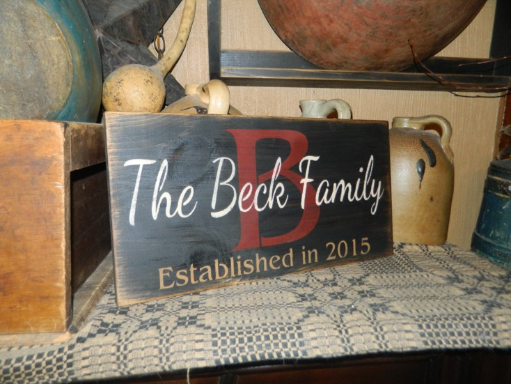 CUSTOM FAMILY INITAIL  PRIMITIVE SIGN SIGNS
