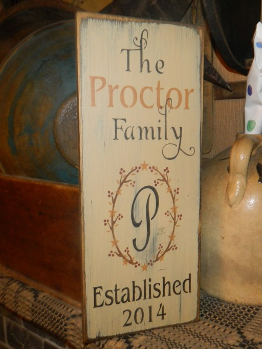 CUSTOM FAMILY BERRY WREATH PRIMITIVE SIGN SIGNS
