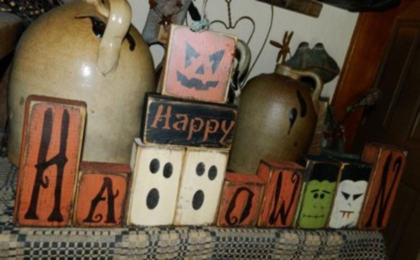 HAPPY HALLOWEEN GHOST PUMPKIN FRANKENSTEIN DRACULA PRIMITIVE BLOCK SIGN SIGNS