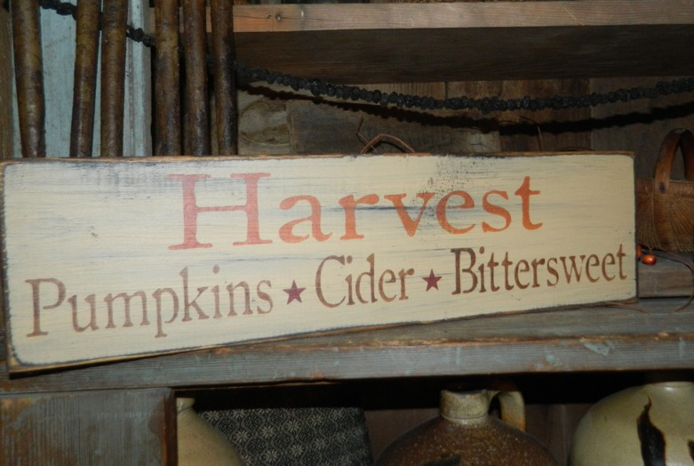 #6058 HARVEST PUMPKINS CIDER BITTERSWEET PRIMITIVE SIGN SIGNS