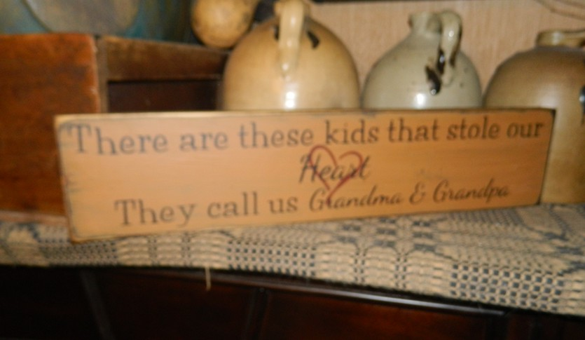 GRANDMA AND GRANPA KIDS  PRIMITIVE SIGN SIGNS