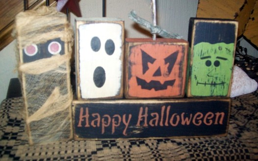 HAPPY HALLOWEEN WITH FRIENDS PRIMITIVE BLOCK SIGN SIGNS