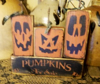 PUMPKINS FOR SALE WITH FRIENDS PRIMTIVE BLOCK SIGN SIGNS