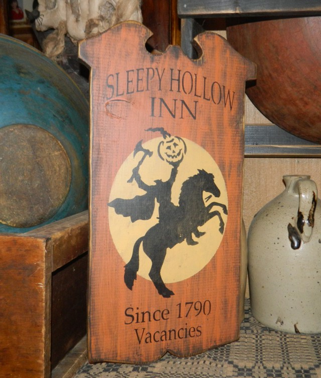 SLEEPY HOLLOW INN PRIMITIVE HALLOWEEN SIGN SIGNS