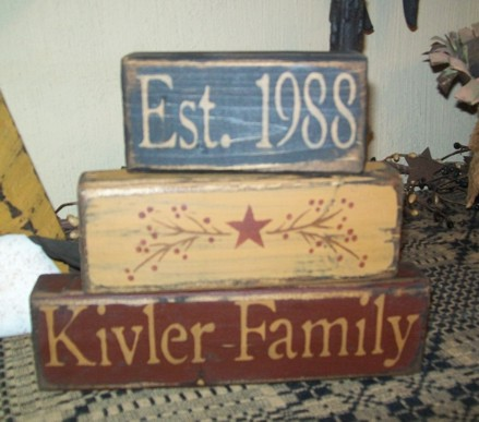 CUSTOM FAMILY STAR BERRIES PRIMITVE BLOCK SIGN SIGNS