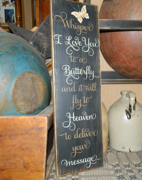 WHISPERIi LOVE YOU TO A BUTTERFLY PRIMITIVE SIGN SIGNS